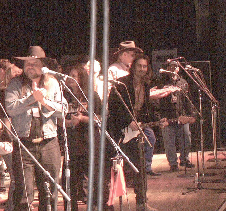 cd2006_concert_edited_crop